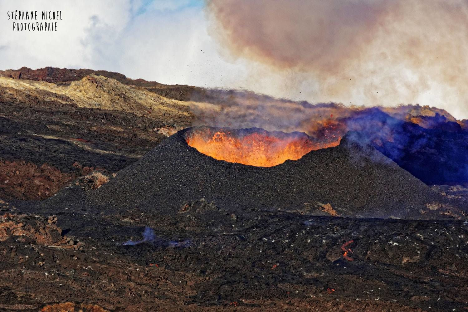 Piton de la Fournaise - the central cone is completely closed - photo 04.05.2018 / Stephane Nicael via Fournaise info