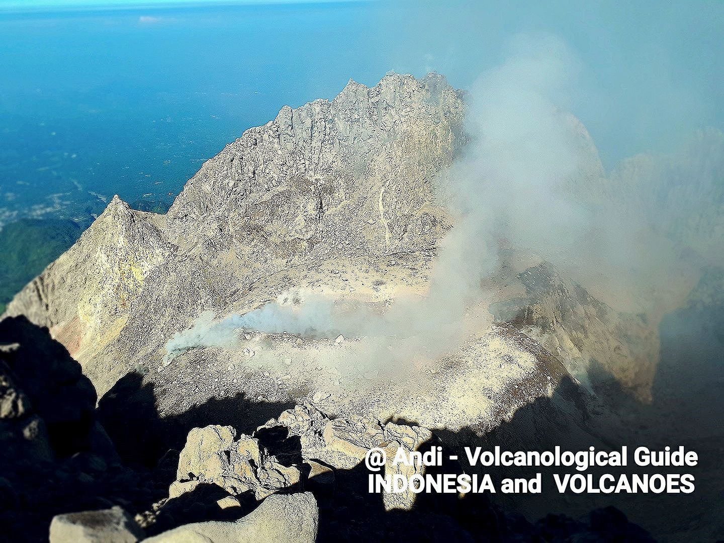 2018.05.12 Merapi - new face of the dome on 12.05.2018 - photo Andi Volcanological Guide Indonesia & Volcanoes