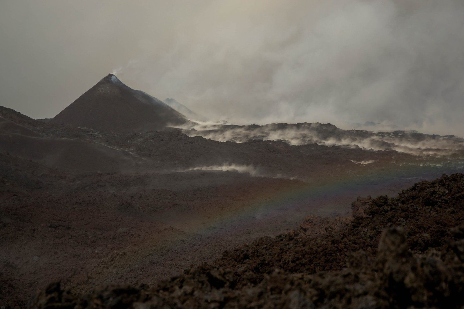 Piton de La Fournaise - Moody weather on 21.05.2018- photo Frédérick Leveuneur via Fournaise info