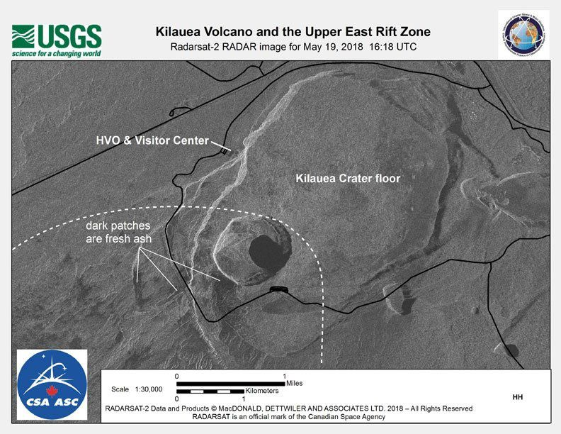Kilauea summit - radar images of the summit caldera with its ash-covered areas and alterations within Halema'uma'u / Images USGS / CSA 19.05.2018