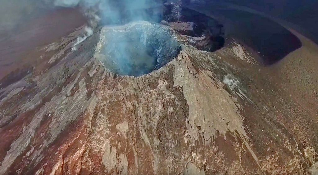 Fuego summit after the eruption - photo from the vidéo of Jozef Stano / Drone Mavic Pro