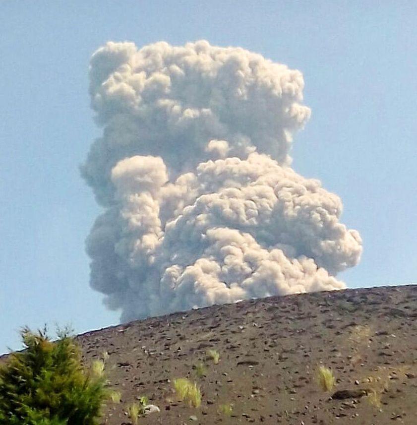 Anak Krakatau - panache du 20.06.2018  Myzhiva via Oystein Lund Andersen