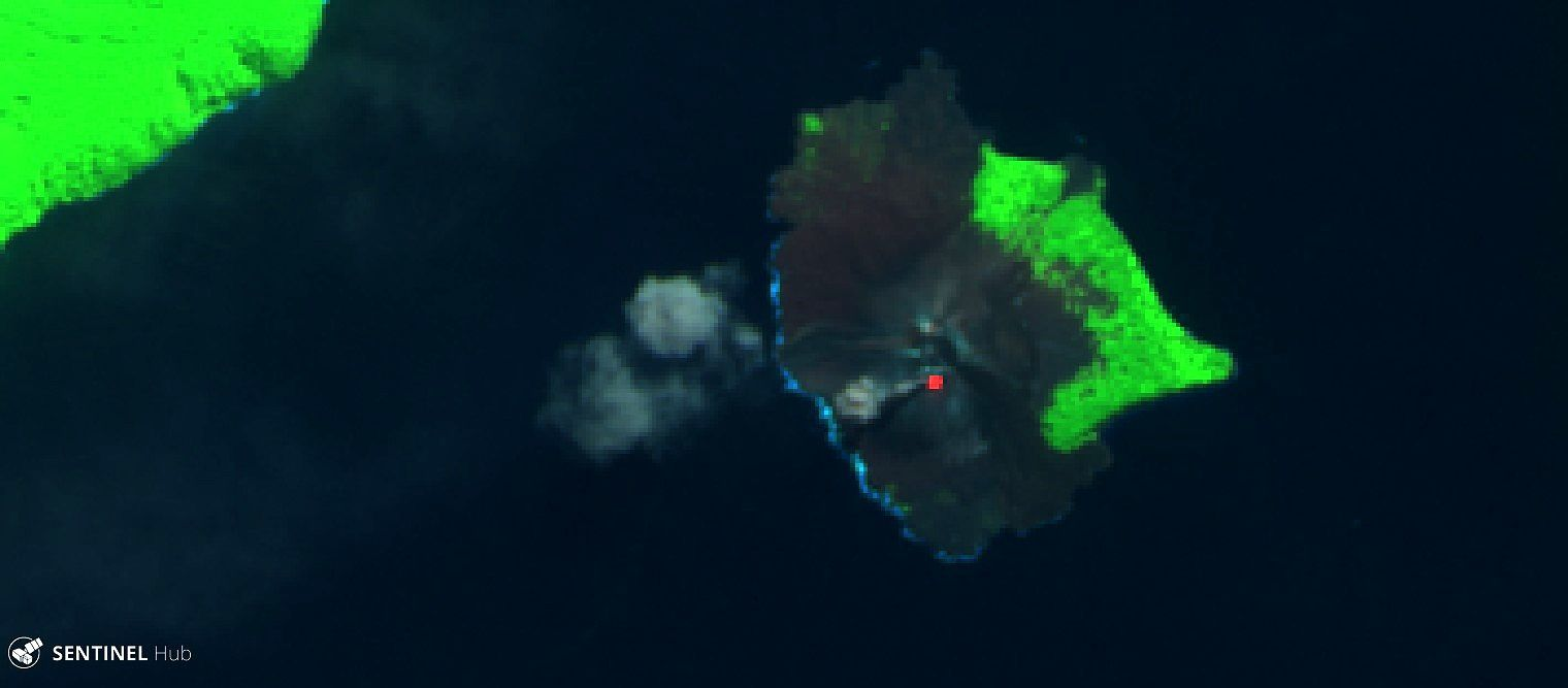 Anak Krakatau: flushes of ash and hot spot south of the crater - image Sentinel 2 SWIR 19..06.2018