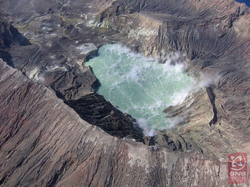 White Island / NZ - new crater lake 03.07.2018 - photo GNS