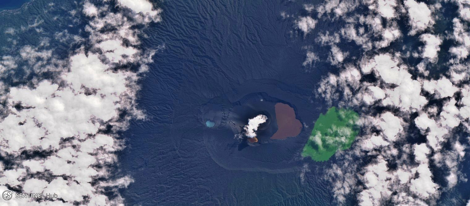 Ambae - Eruptive site of Lake Voui - 13.07.2018 - Image Sentinel Hub nat. colors (zoom) and SWIR (general view)