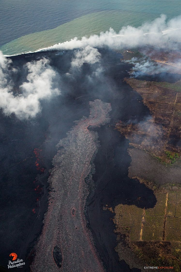 Kilauea East rift zone - a new lava flow on the old a'a flow always active - photo Paradise helicopters