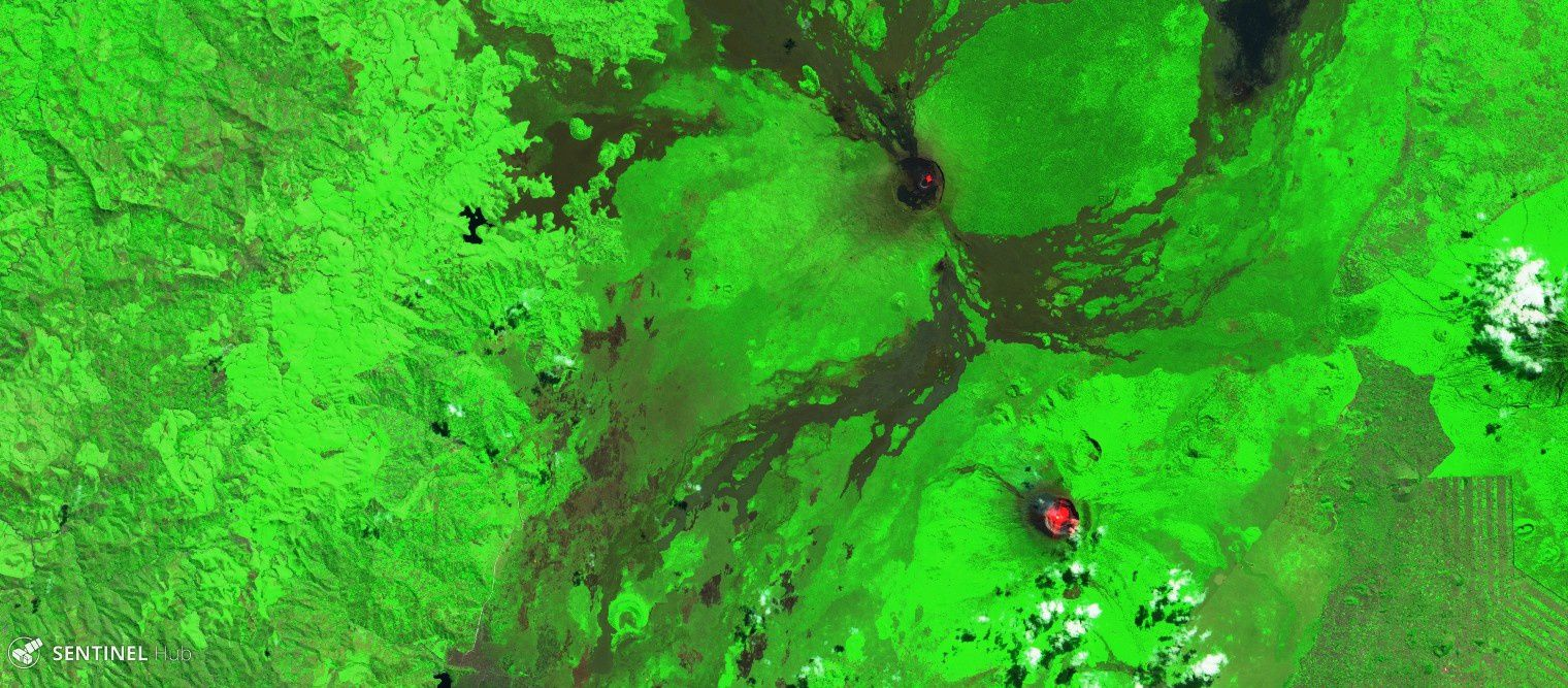 The volcanoes Nyamulagira (at the top of the image) and Nyiragongo (at the bottom of the image) seen by Sentinel 2 on 07.07.2018 and 17.07.2018 - Images Sentinel Hub SWIR - a click to enlarge