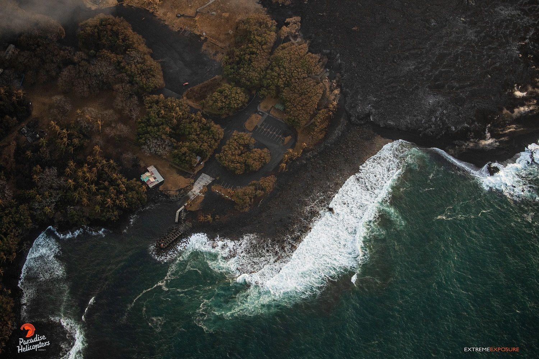 Kilauea zone de rift Est  - Position du font de lave par rapport à celle de la rampe à bateau de Pohoiki - photo Bruce Omori