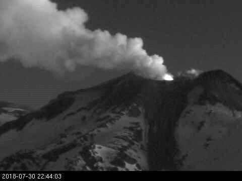 Nevados of Chillan - 30.07.2018 / 22:44 - webcam Sernageomin