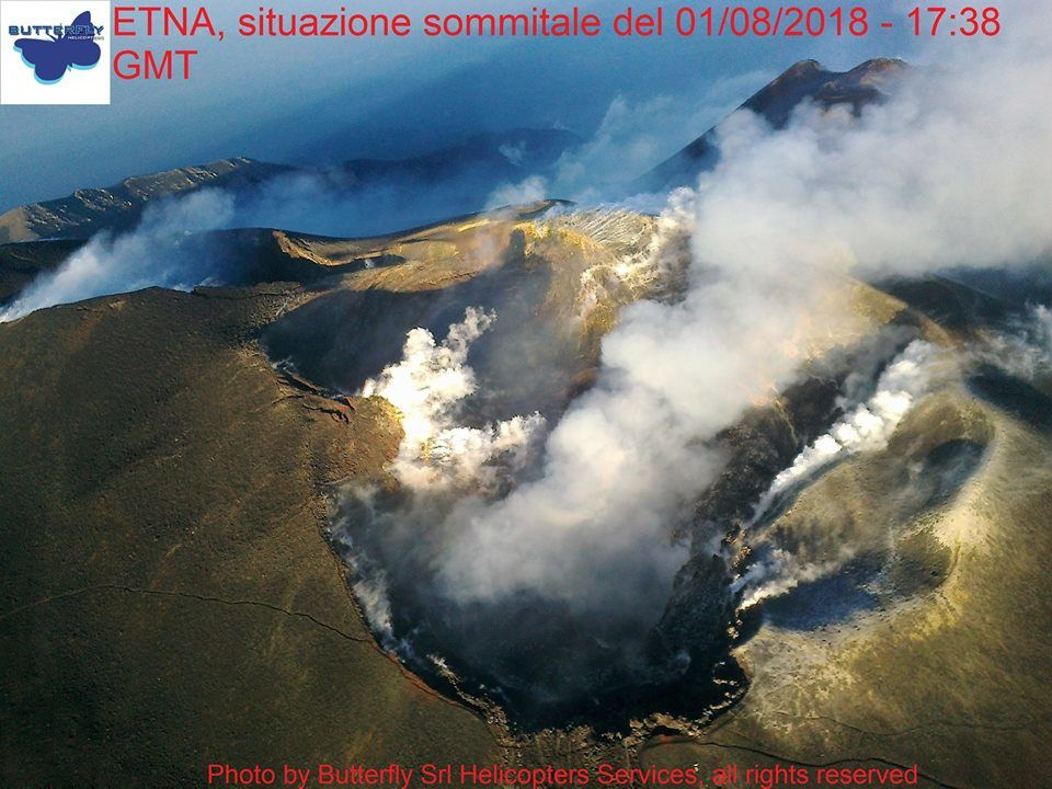Etna - cratères sommitaux le 01.08.2018 / 17h38 GMT - photo Joseph Nasi / Butterfly Helicopters