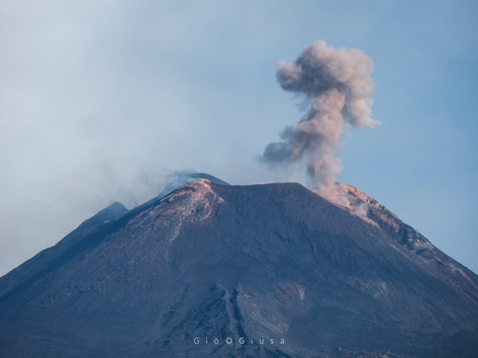 Etna - dégazage sommital ce 06.08.2018- photos Gio Giusa