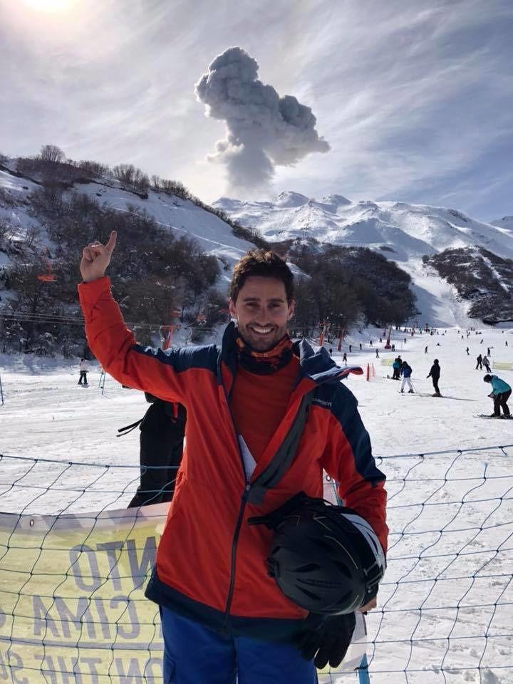 Nevados de Chillan - explosion and ash plume of 08.08.2018 / 16:12 GMT - photo Zé Maurício.