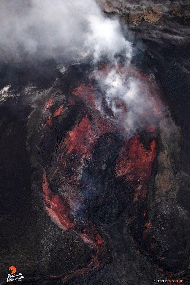 Kilauea East rift zone - the cone on the fissure8 degaz - photos Bruce Omori 16.08.2018 / 6h