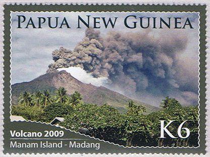 Bonus pour les volcano-philatélistes : timbres de Manam en éruption 2009 - Doc.Mountain Stamps