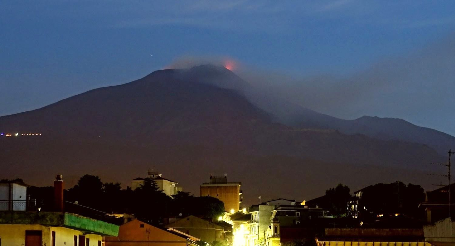 Etna - situation le 27.08.2018 à l'aube - photo Bori Behncke