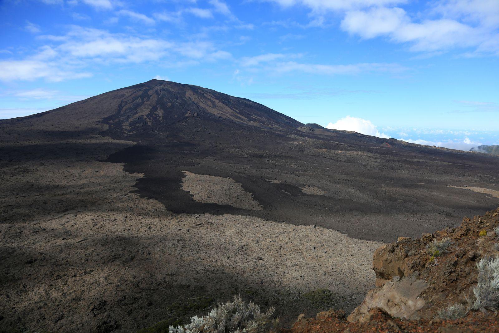 Piton de La Fournaise - L'activité est en baisse sur le volcan - photo © Bernard Duyck  06.2017