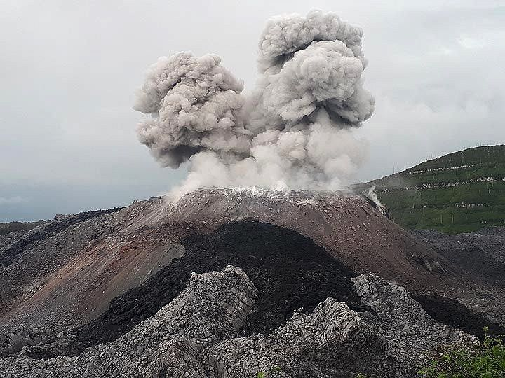 Ibu activity, end of August 2018 - photos Andi volcanist / Volcanodiscovery