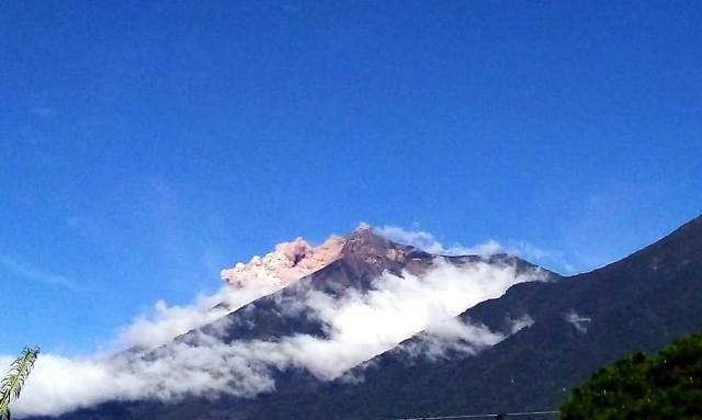 Fuego - avalanche in the barranca Las Lajas on 07.09.2018 - photo Conred
