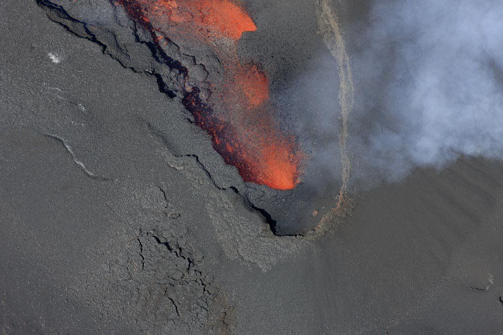 Piton de La Fournaise - 20.09.2018 - the extension of the main casting does not show (or very little) evolution. only an enlargement in its most upstream part is to be noted. - OVPF