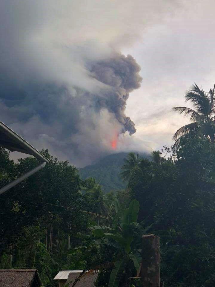 Manam - the last eruption on 25.08.2018 - photo Scott_Waide