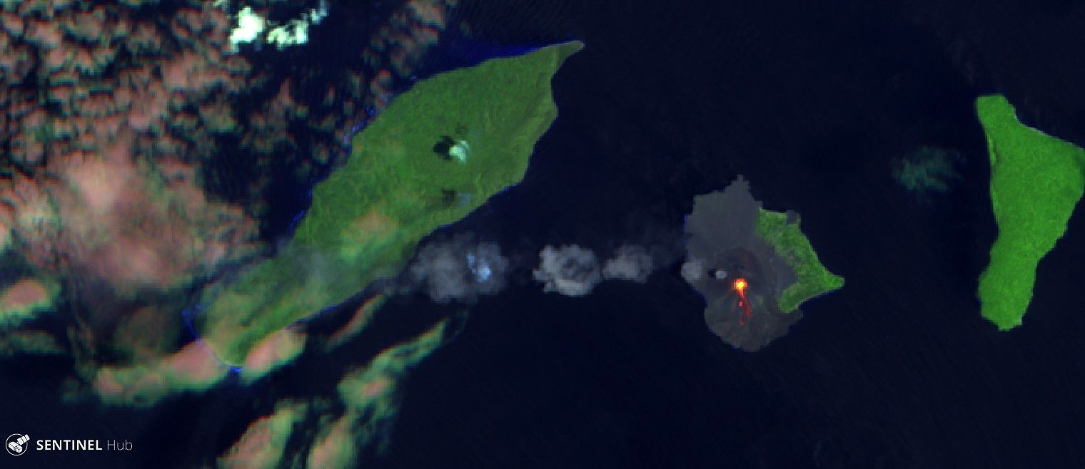 Anak Krakatau - image Sentinel 2 image bands 12,11,4 from 22.10.2018 - one click to enlarge