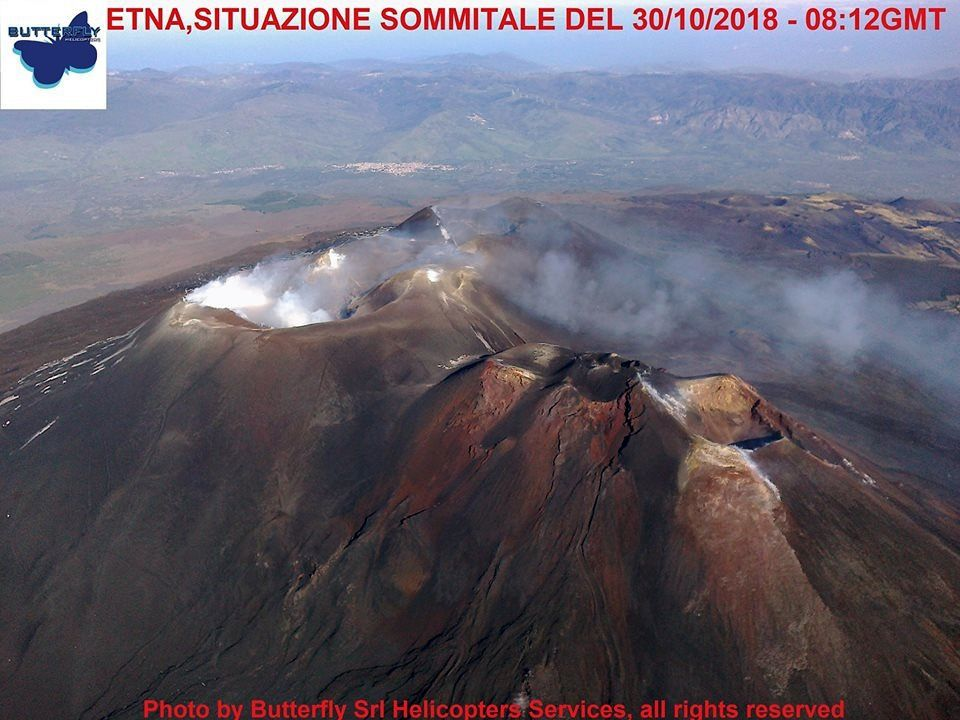 Etna - unobstructed view of the summit craters on 30.10.2018 / 8:12 GMT - photo J.Nasi / Butterfly helicopters