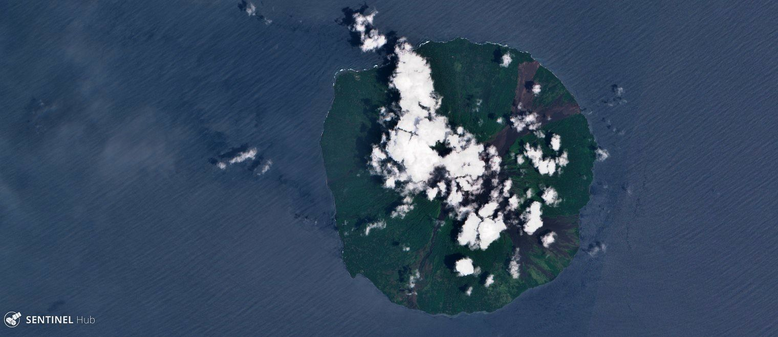 Manam - 01.11.2018 - Sentinel2 image in natural colors. - one click to enlarge