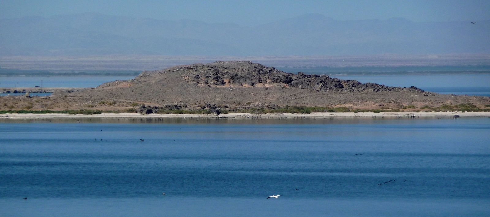 Salton Buttes - Obsidian Butte from Rock Hill - photo Daniel Mayer