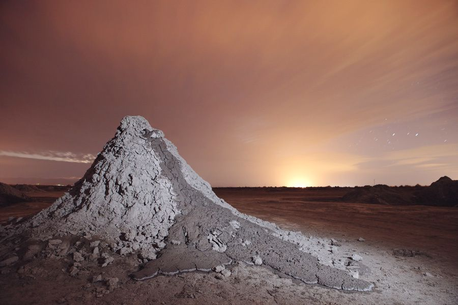 Mud volcano from the Salton Sea area - photo Vulcan.wr.usgs