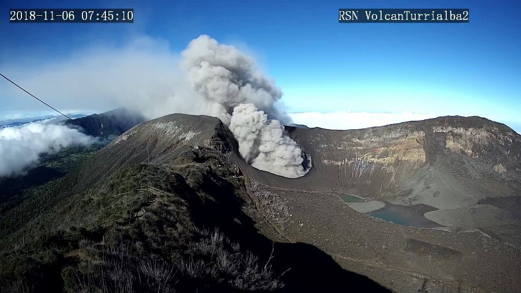 Turrialba - 06.11.2018 / 7h45 - webcam RSN