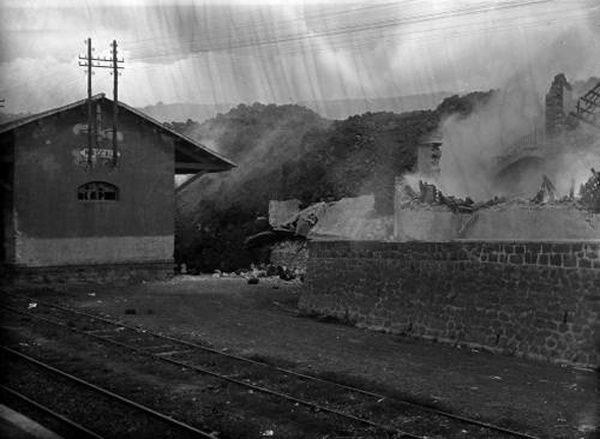 Mascali - 1928 - destruction of the station - arch. Giancarlo Leone - Cannizzo - one click to enlarge