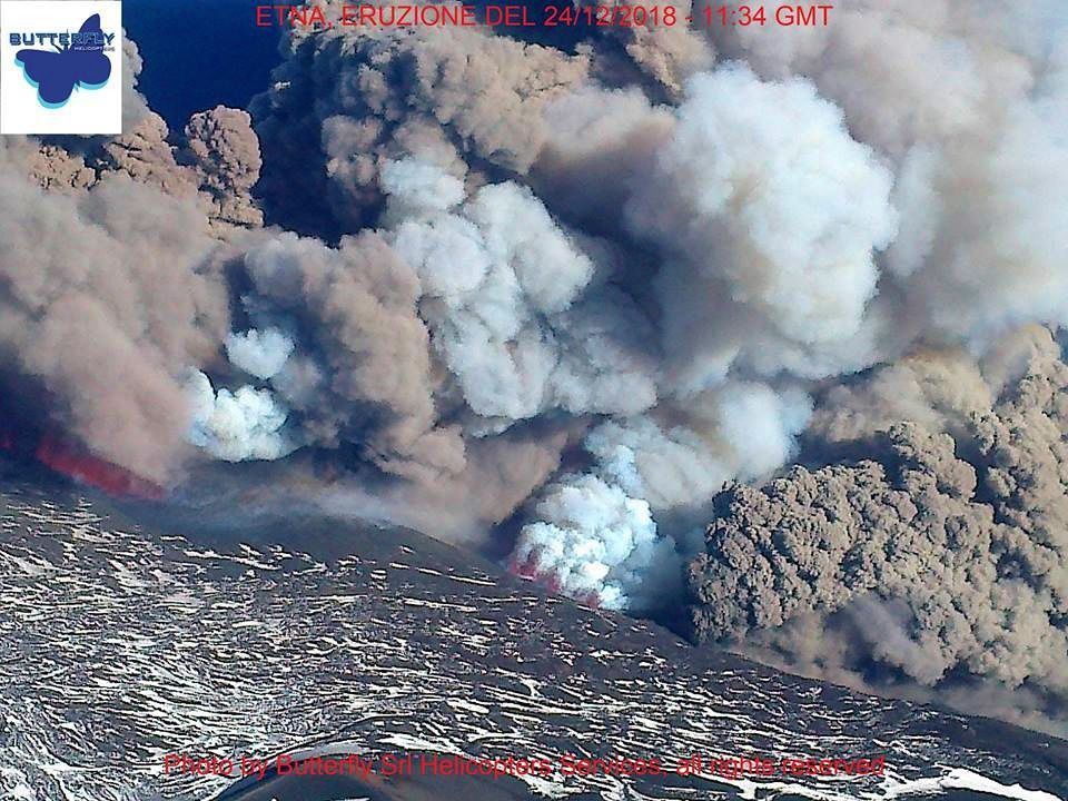 Etna - the eruptive fissure on the NSEC flank -  photo J.Nasi / Butterfly helicopters le 24.12.2018 / 11h34 GMT