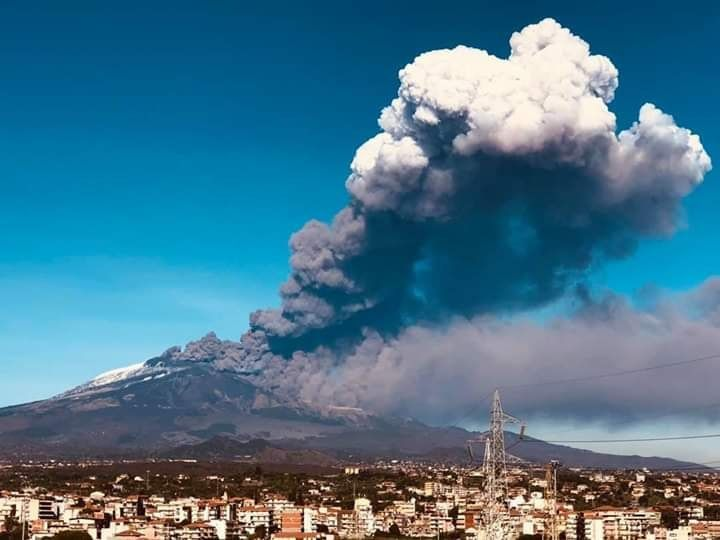 Etna - 24.12.2018 - photo Guido La Rosa via Etna web