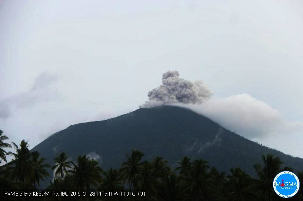 Gunungapi Ibu - 28.01.2019 / 14h15 WIB  - photo PVMBG / Magma Indonesia