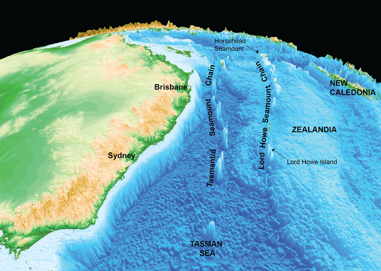 Localisation de deux chaînes de volcans sous-marins et émergés au large de la côte est de l'Australie, signature de deux points chauds différents – Doc. Maria Seton  / Geophysical and geological characterisation of dredge locations from RV Southern Surveyor voyage ss2012_v06 (ECOSATI): hotspot activity in northern Zealandia