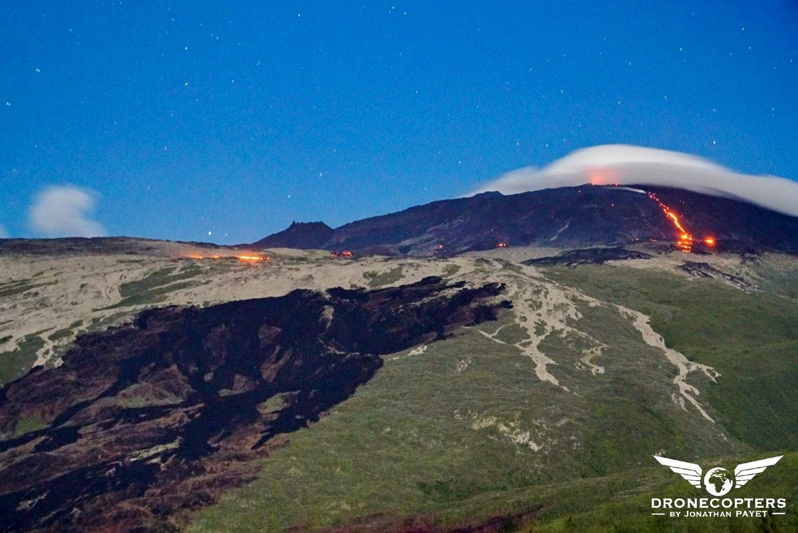 Piton de La Fournaise - the castings remain visible in the evening of 18.02.2019 from the lave road - photo Dronecopter / J.Payet