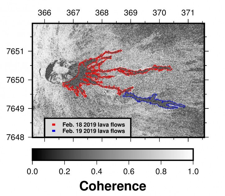 Piton de La Fournaise - Contours of the eruptive phase flows of 18 and 19/02/2019 determined from satellite data by the OI2 platform (Clermont Auvergne University).