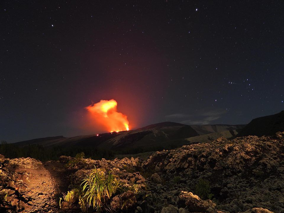 Piton de la Fournaise - eruption in the evening of 23.02.2019, seen from the lava road - photo Reunionbysat