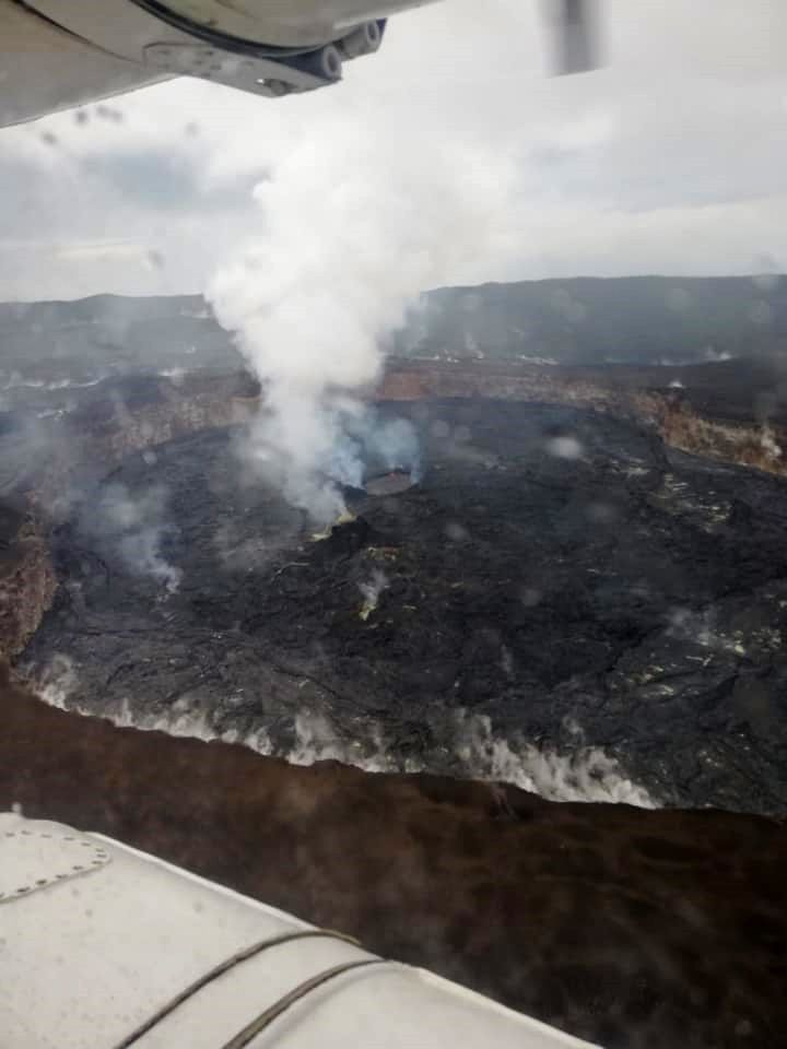 Nyamuragira - février 2019 -photo depuis l'hélicoptère par Patrick Marcel