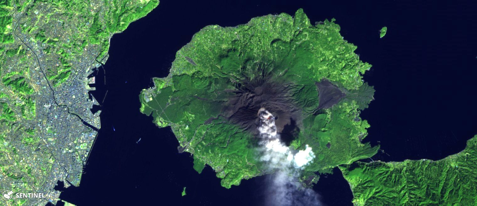 Sakurajima - images Sentinel-2 image bands 12,11,4 / 27.02.2019 - one click to enlarge