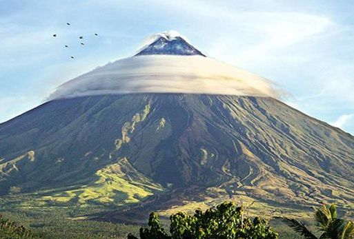 The perfect profile of Mayon - amazing photo archive