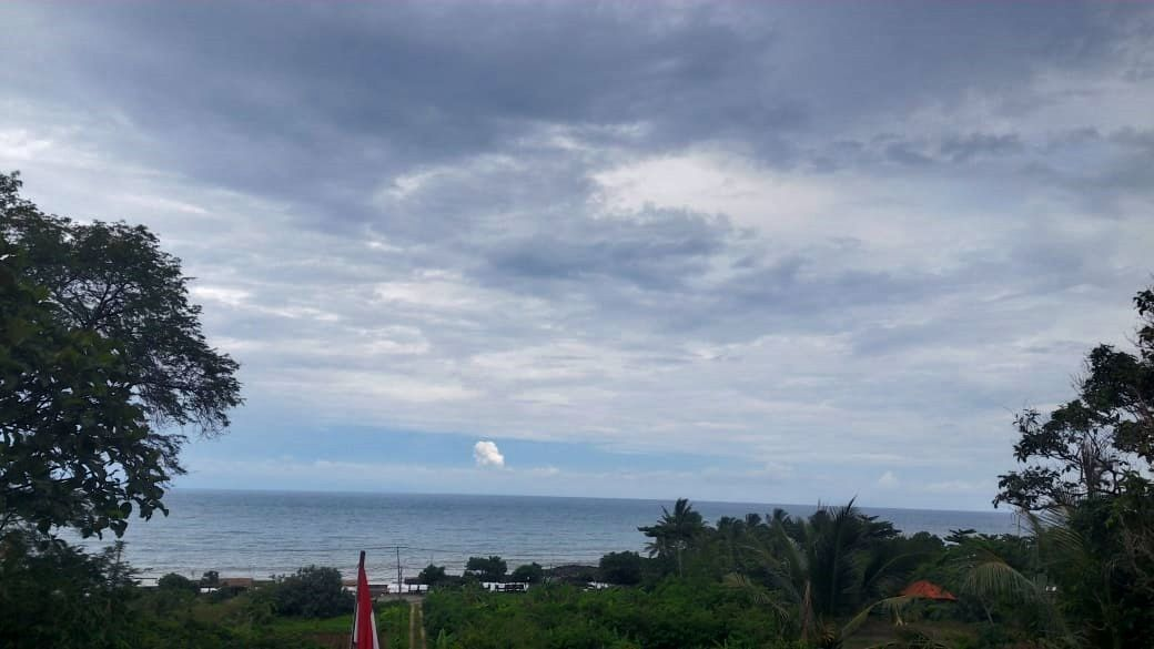 Anak Krakatau - white plume from 18.03.2019 - photo PVMBG