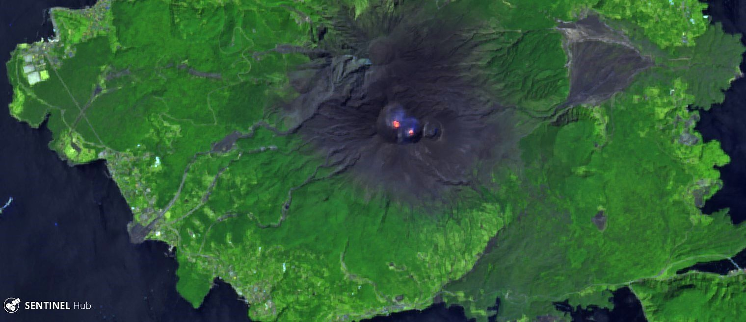 Sakurajima - hot spots on the image Sentinel 2 bands 12,11,4 of 12.04.2019 - one click to enlarge
