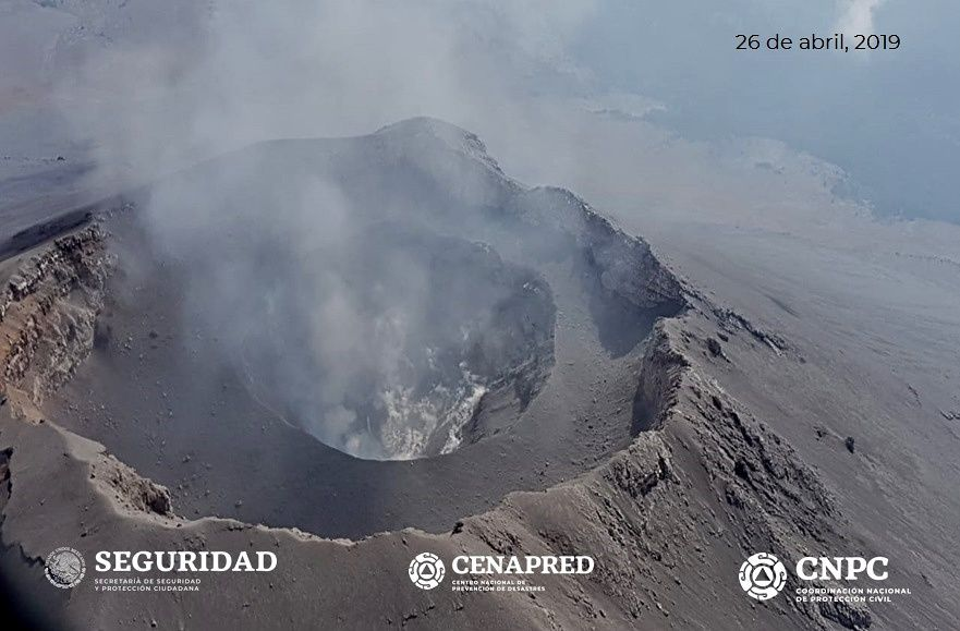 Popocatépetl - survol du 26.04.2019 - absence de dôme - photo Cenapred /Seguridad / CNPC