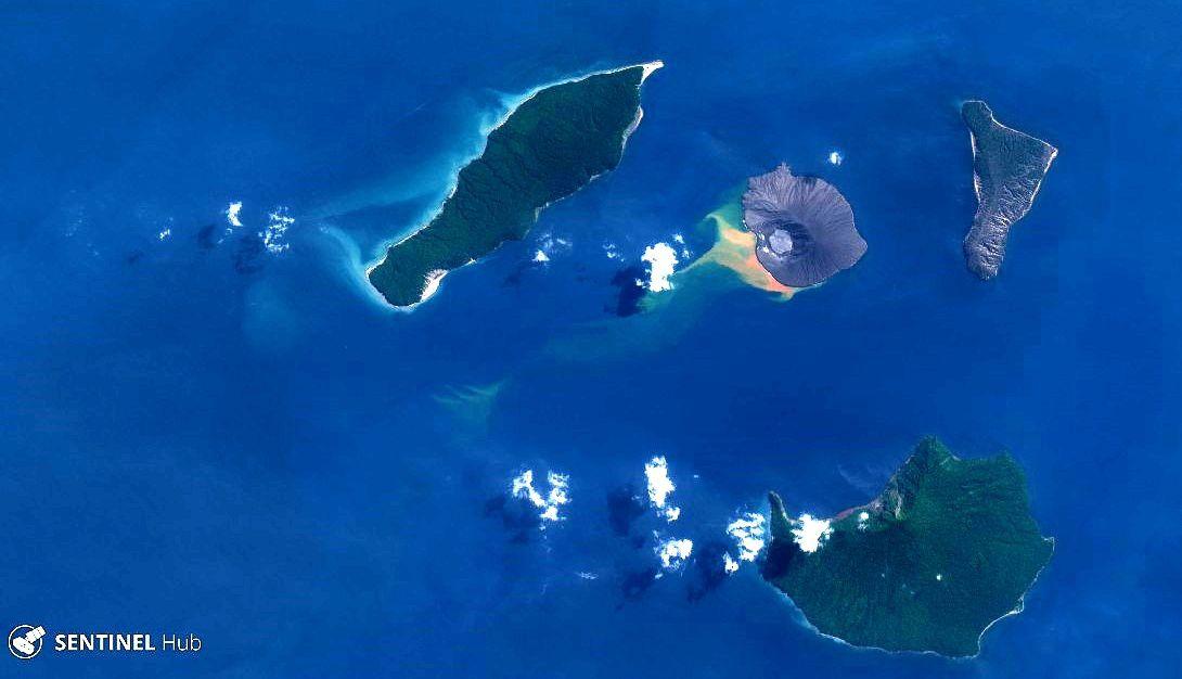 Anak Krakatau- image Sentinel 2 nat. colors du 28.05.2019 -  activité sous-marine liée à la décoloration - un clic pour agrandir
