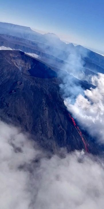 Piton de La Fournaise : Shooting of the eruptive site on June 11, 2019 at 9:30. (© OVPF-IPGP, Imazpress)