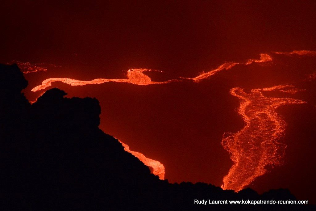 "Piton de La Fournaise - ""red night"" this 11-12.06.2019 - photo Rudy Laurent / Kokapat Rando"