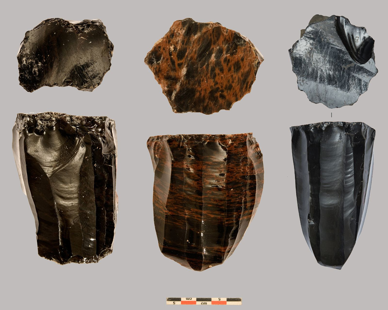 Armenia - Obsidian Nucleus from Aknashen-Khatunarkh - Doc. Ch Chataigner / references in sources