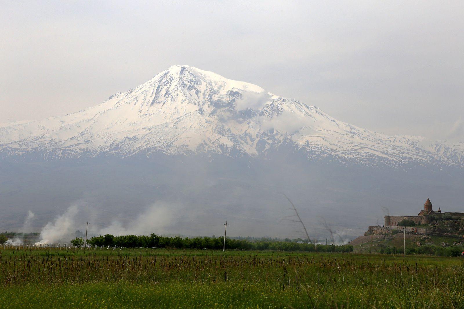 Le monastère de Khor Virap et la Grand Ararat - photo © Bernard Duyck 2019