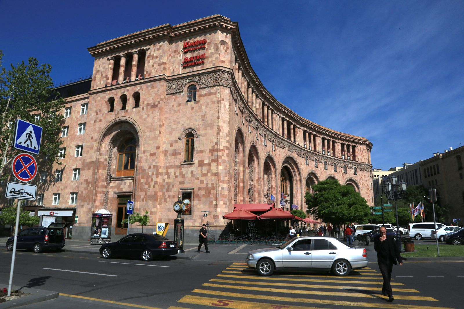 Yerevan - shade of volcanic tuffs on the buildings of the Republic Square - photo © Bernard Duyck 2019